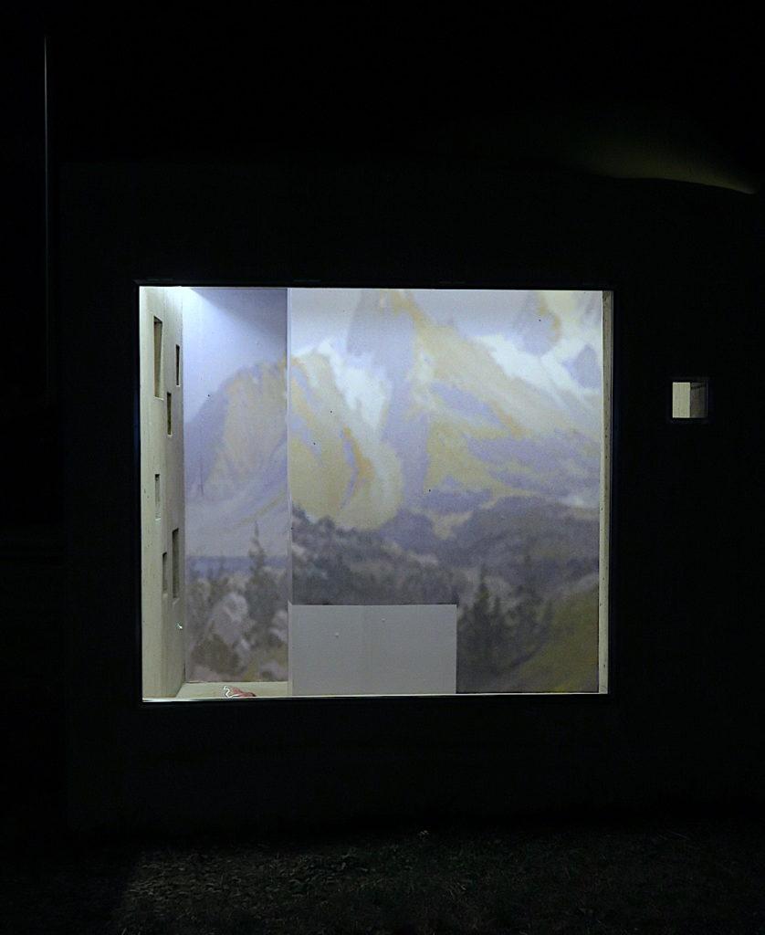 Phantom, Denis Savary, Exposition Lemme Art Contemporain, artist's run space, sculpture by Pierre Vadi, Sion